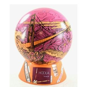 Benefit BEAUTY&THE BAY Limited Edition Golden gate